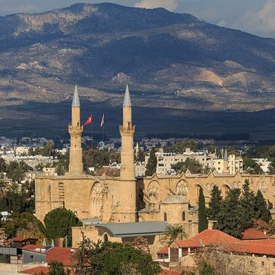 Nicosia Beyond Barriers. Voices From A Divided City